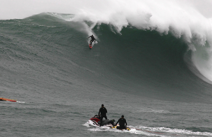 REBEL Sessions 2011 – Rebel Session#2 – Big Wave Surfing event in Cape Town, South Africa